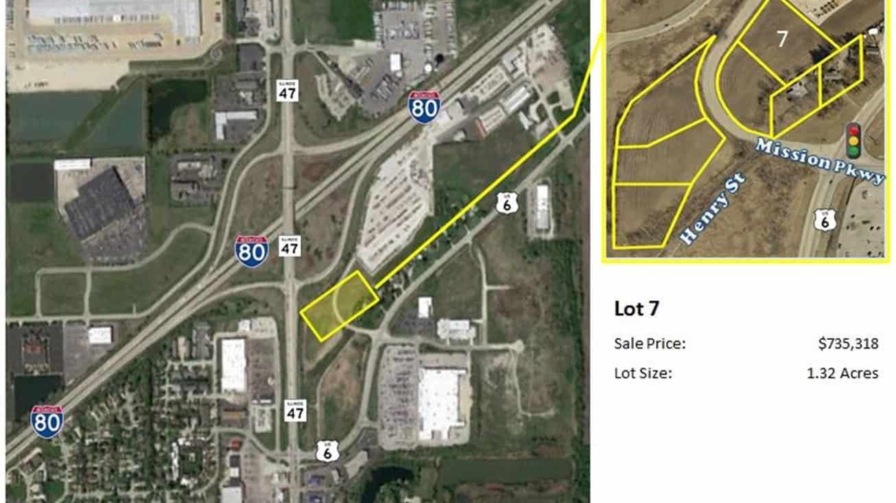 Mission Parkway/Henry Brown - Lot 7 1